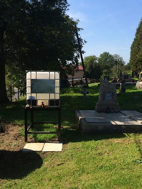 16cb5d6ba Novinky na Soľnobanskom a Zlatobanskom cintoríne Novinky na Soľnobanskom a  Zlatobanskom cintoríne ...